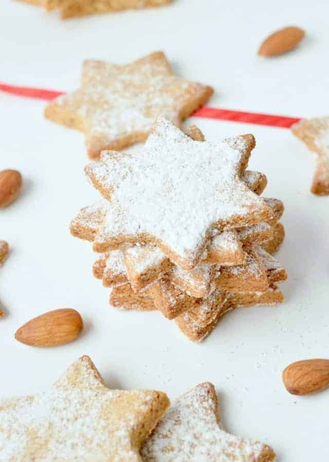ALMOND FLOUR SUGAR COOKIES, 3 ingredients, easy, healthy, vegan #sugarcookies #easy #almondfloursugarcookies #almondflour #healthy #vegan #veganglutenfree #glutenfree #grainfree #vegancookies #crispy #christmas #videos #best #cutout #veganbaking #easyvegan #veganrecipes