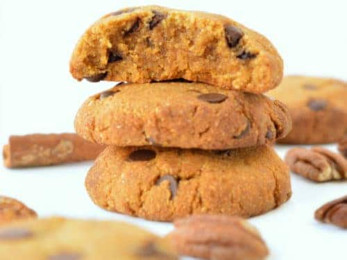 HEALTHY PUMPKIN CHOCOLATE CHIPS COOKIES vegan + gluten free #pumpkincookies #pumpkin #cookies #vegancookies #easy #healthy #vegan #glutenfree #soft #chocolatechips #6ingredient #best #videos