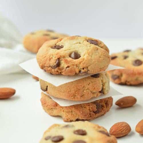ALMOND FLOUR CHOCOLATE CHIPS COOKIES vegan, healthy, easy #almondflourcookies #almondflour #vegancookies #vegan #easy #heatlhy #paleo #glutenfree #grainfree
