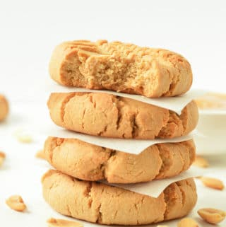 HEALTHY 4 INGREDIENTS PEANUT BUTTER COOKIES #healthypeanutbuttercookies #peanutbutter #cookies #healthycookies #healthy #veganookies #vegan #4ingredients #veganglutenfree #glutenfreecookies #veganpaleo #grainfreecookies #easypeanutbuttercookies #healthyveganrecipes #veganbaking #vegansnacks #healthyvegansnacks