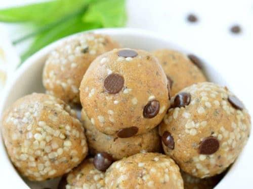 HEALTHY NO BAKE PROTEIN BALLS Vegan + Keto option ! #nobakeproteinballs #proteinballs #nobakeproteinballs #peanutbutter #healthyproteinballs #vegan #proteinpowder #peaprotein #lowcarb