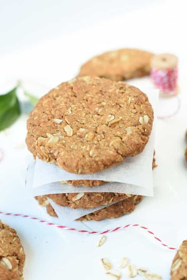 HEALTHY ANZAC BISCUITS RECIPE