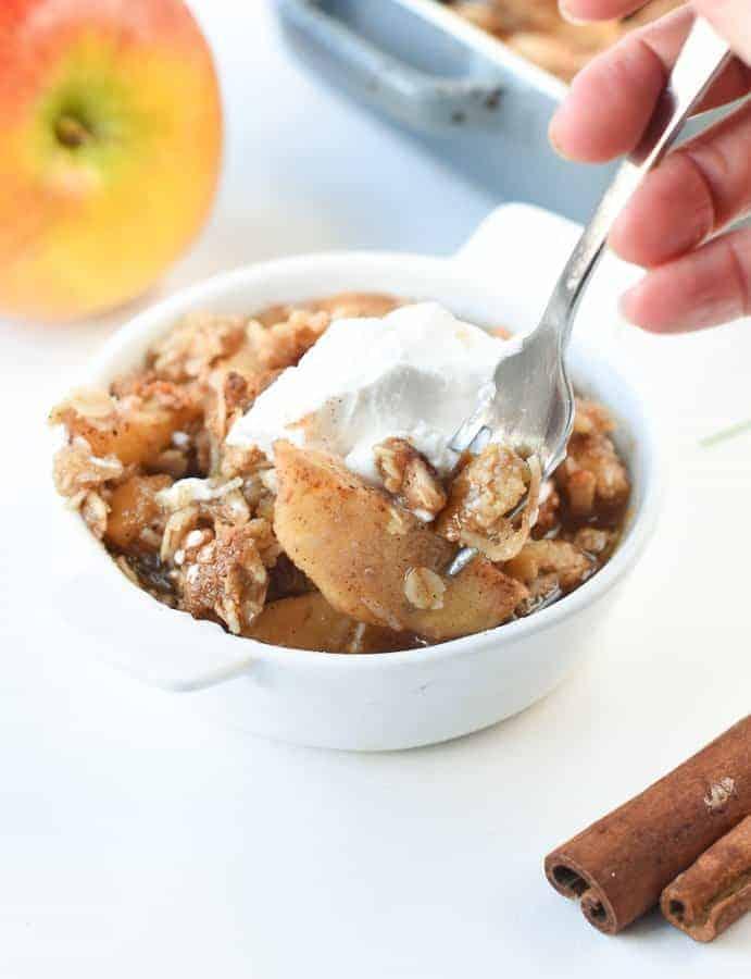 vegan apple crisp with oats