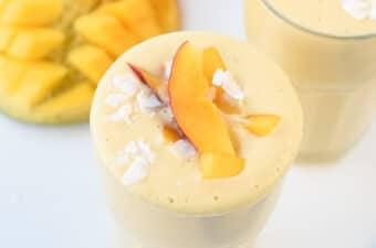 Vegan mango smoothie