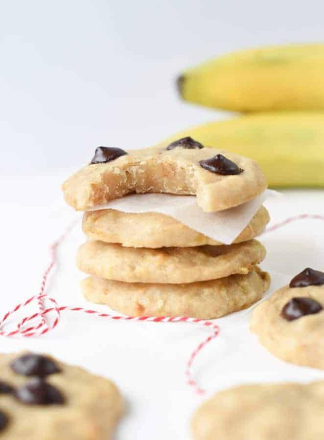 Vegan banana chocolate chips cookies