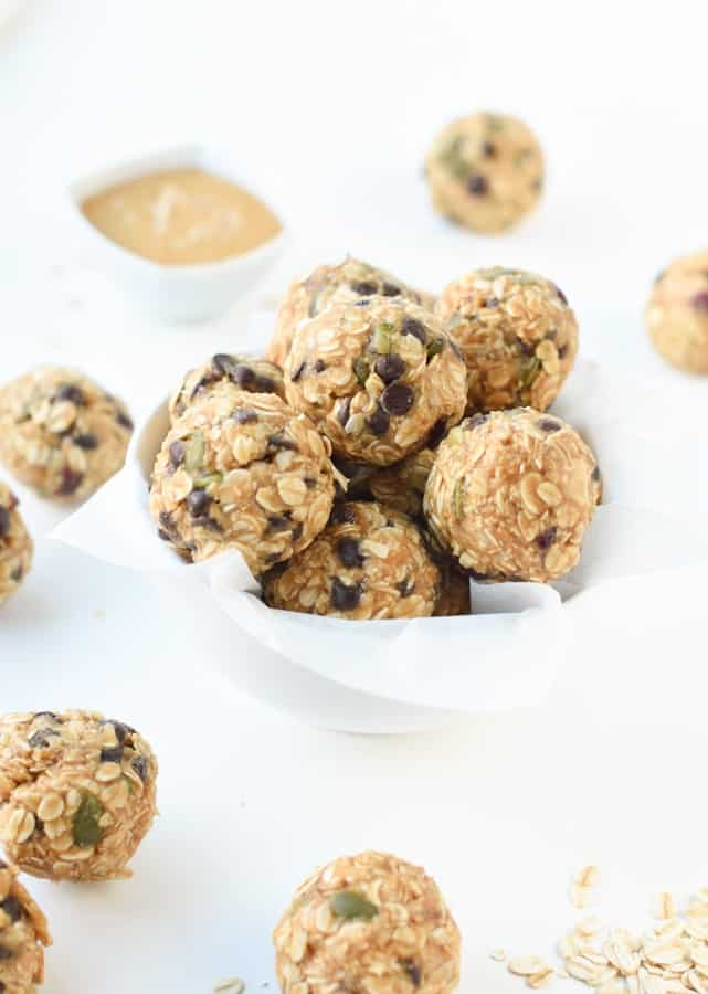 easy no bake peanut butter oatmeal balls