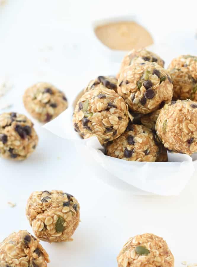 healthy no bake peanut butter oatmeal balls