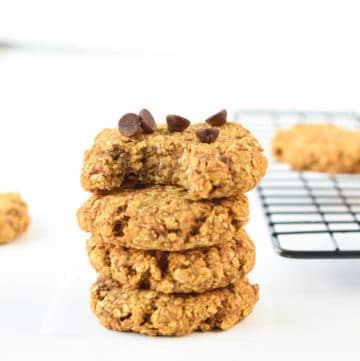 Healthy Pumpkin oatmeal cookies with chocolate chips