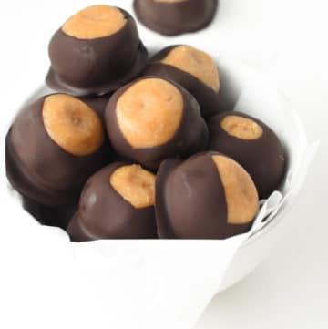 Healthy peanut butter balls - Keto Vegan Easy