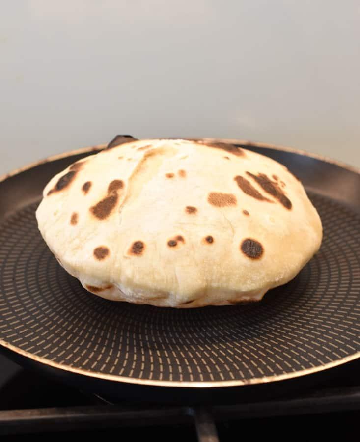 Wegański chleb naan bez drożdży
