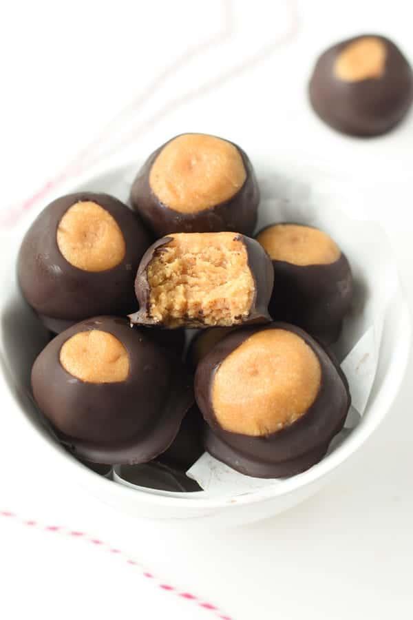 Vegan peanut butter bliss balls