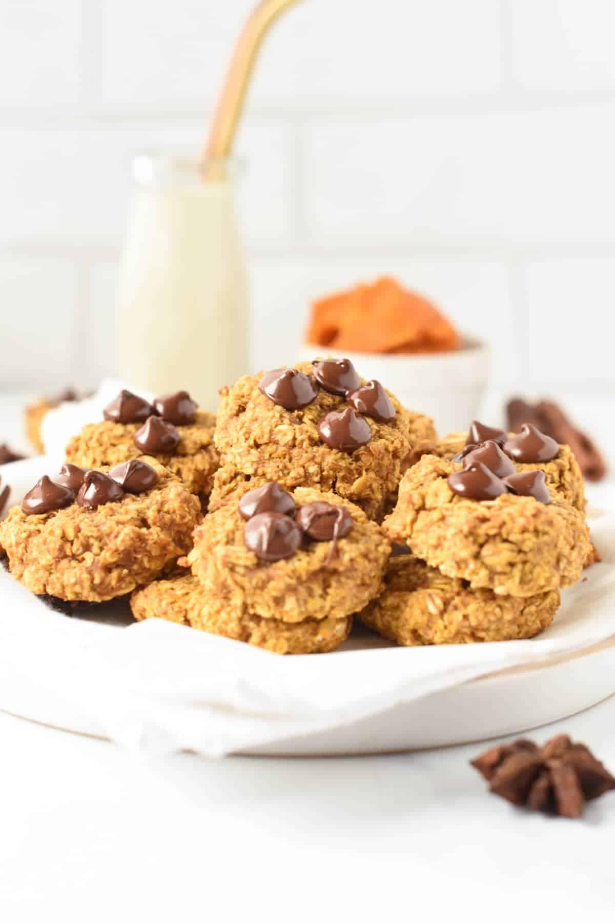 healthy pumpkin oatmeal cookies