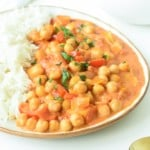 Vegan coconut chickpea curryVegan coconut chickpea curry