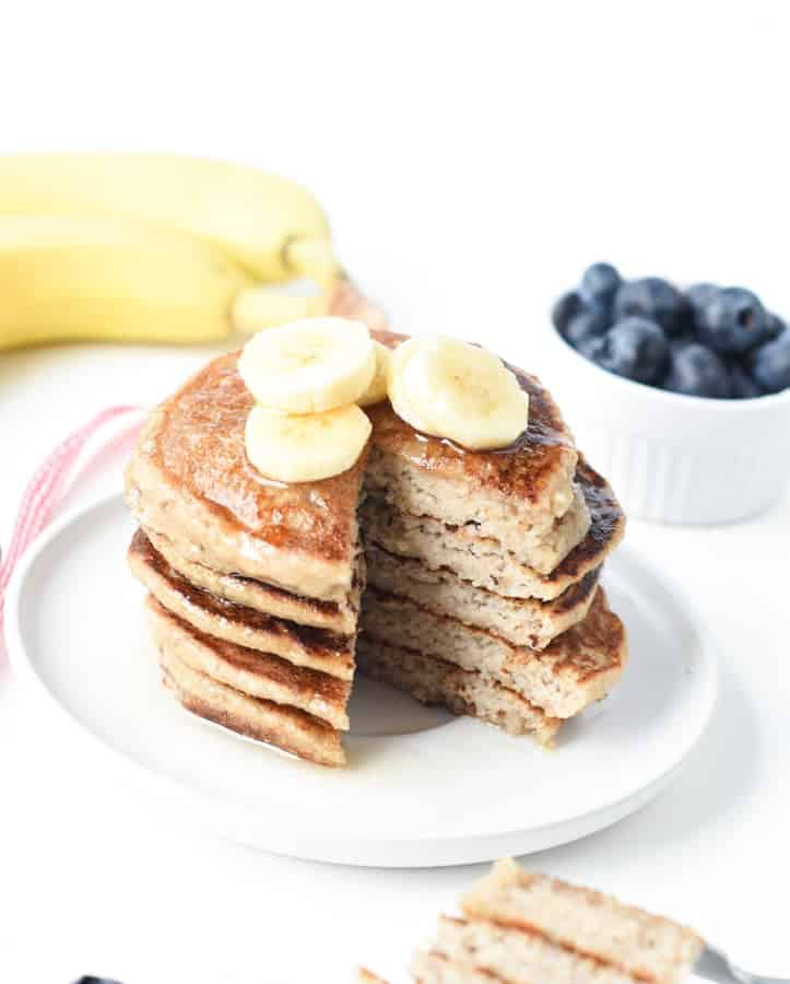 banana oat pancakes vegan