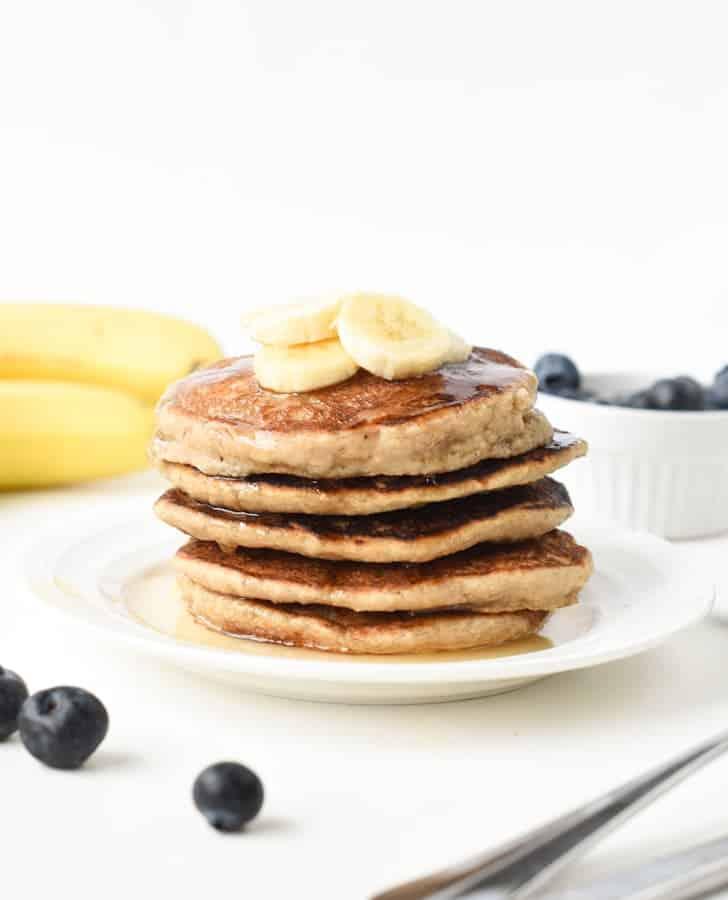 vegan oat and banana pancakes