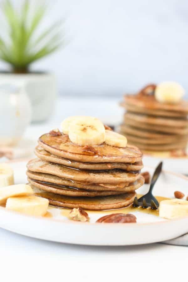 3 ingredients banana oat pancakes3 ingredients banana oat pancakes
