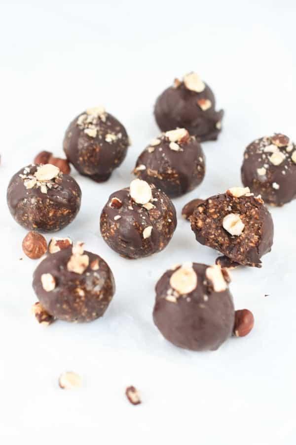 Hazelnut chocolate energy balls