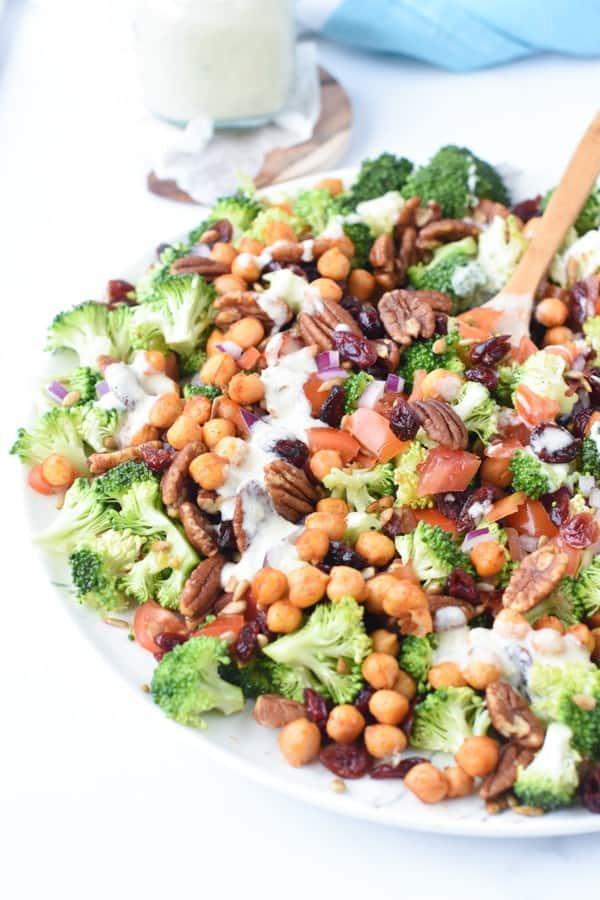 the best vegan broccoli salad
