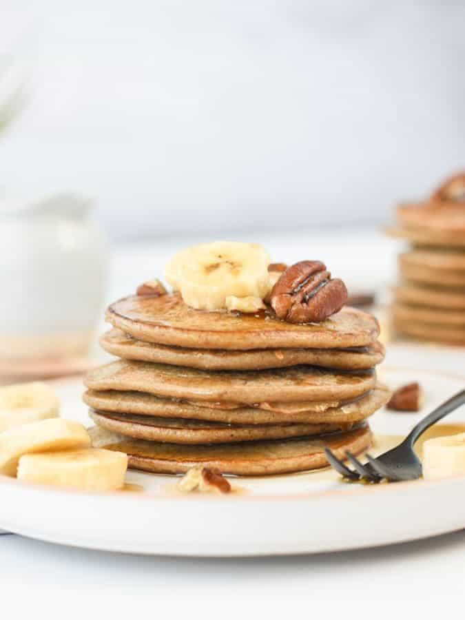 vegan banana oat pancakes 3 ingredients