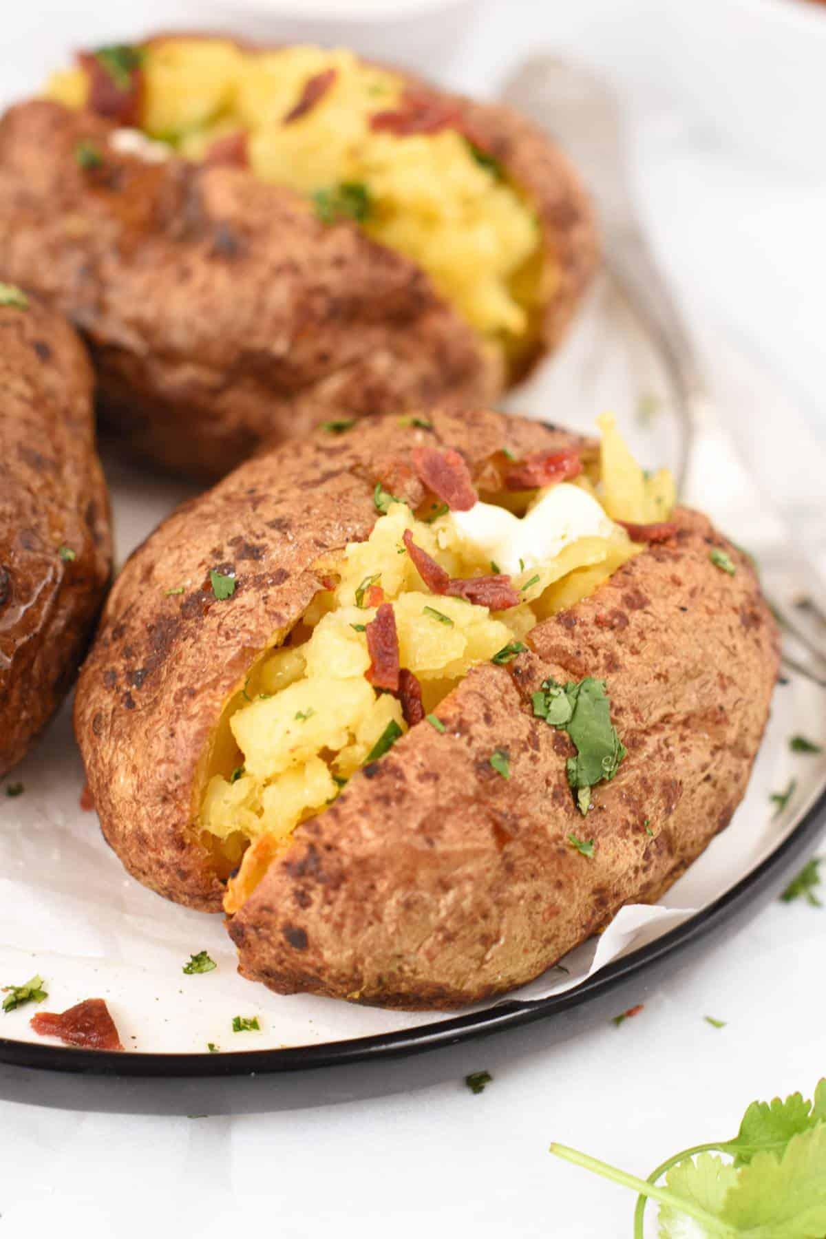 The best Air Fryer Baked PotatoesThe best Air Fryer Baked Potatoes