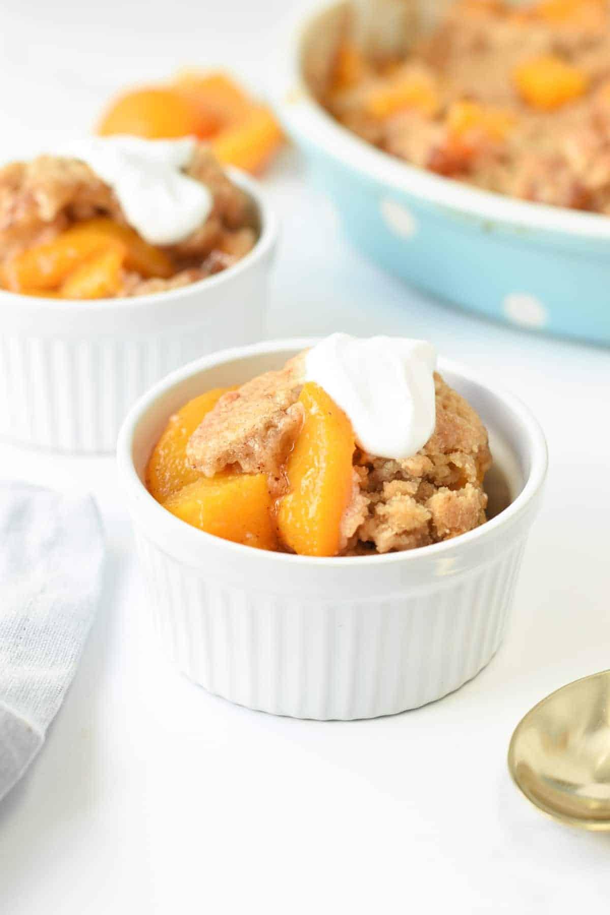 Vegan Peach CobblerVegan Peach Cobbler